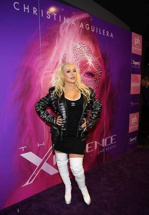 Christina Aguilera >>  single 'Loyal Brave True' - Página 10 FB_IMG_1559501050909.thumb.jpg.db592e4bd39440e63aba9bc10a3d3d61